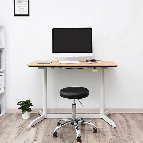 bureau assis-debout manuel songmics LAD08NW avec écran d'ordinateur et siège à roulettes